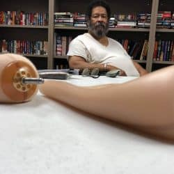 veteran Jerry Holliman pictured whose prosthetic leges repossessd