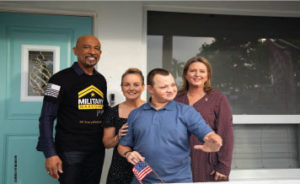 Montel Williams, Debra Hixon, wife of late Navy Veteran Chris Hixon, his son Corey, and Hixon's sister-in-law.